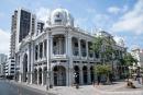 Wunderschöne Bauwerke säumen die Promenadenstraße von Guayaquil