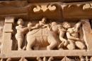 Sandsteinfiguren am Tempel - Khajuraho