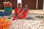 Gemüseverkäuferin