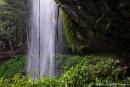 Feucht aber wunderschön - Crystal Shower Fall