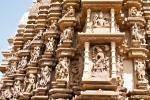 Kunstvolle Außenfassade am Duladeo-Tempel - Khajuraho