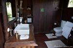 Badezimmer im Treehouse Hideaway - Bandhavgarh National Park