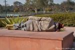Am Mahnmal von Mahatma Ghandi - das ist er natürlich nicht