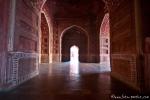 In der Moschee am Taj Mahal, Agra