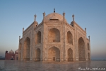 Erstes Morgenlicht am Taj Mahal