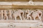 Sandsteinfiguren an einem Tempel - Khajuraho