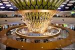 Innenansicht des Terminals 1 im Flughafen Abu Dhabi