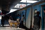 Auf dem Bahnhof in Delhi