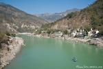 In Rishikesh ist der Ganges noch sehr sauber