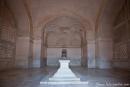 Akbars Kenotaph - ein Scheingrab, das nur  Ehrenzeichen ist, aber keine Überreste enthält
