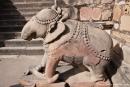 Figur am Eingang zum Vishvanatha-Tempel - Khajuraho