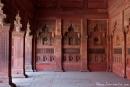 Auf Schritt und Tritt sehen wir wunderschöne Steinmetzarbeiten - Red Fort, Agra