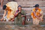 Zähneputzen - morgens am Ganges
